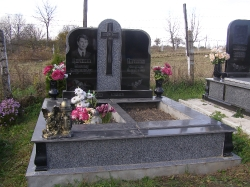 Двойной памятник_194